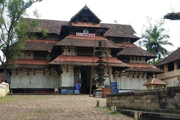 The creator of the Vadakkunnathan Temple was Parashurama.